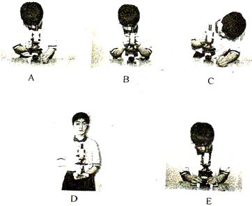 如图是使用显微镜的操作步骤图,请据图作答