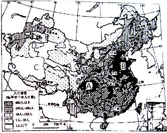 新疆人口密度_读 我国人口分布图 回答下列问题 1 上海市人口密度约为 . 新疆