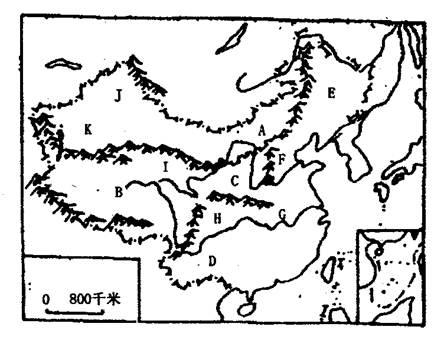中国地形剖面示意图 沿北纬32 -32.读 中国地形分布空白图 回答. 1 从地